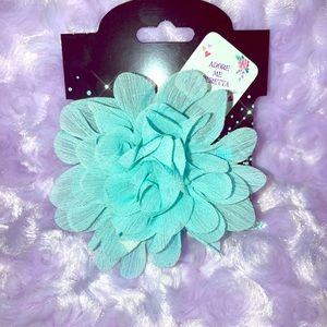 Accessories - Girls/womans flower hair clips